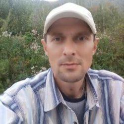 Красивый парень, ищу девушку для секса в Новокузнецке